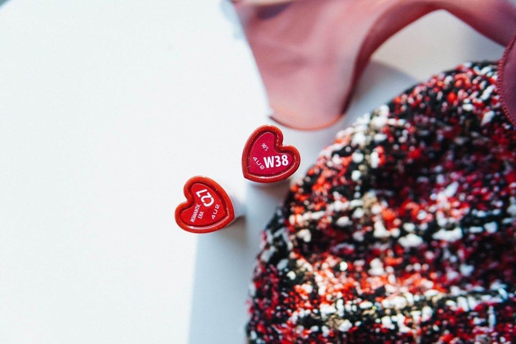 รีวิว 4U2 Heart Dance Lips เบอร์ C27 และ W38