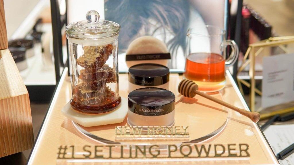Translucent Loose Setting Powder สี Honey